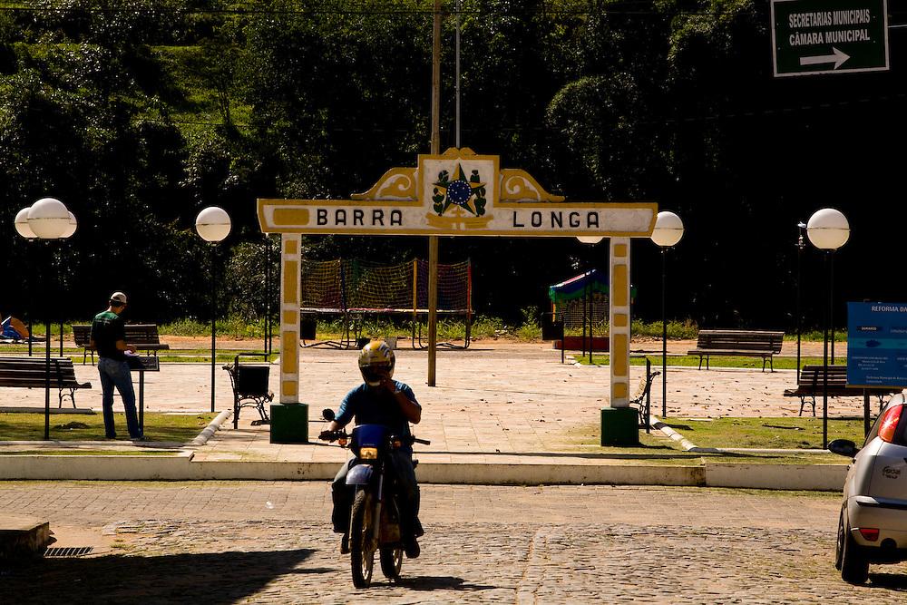Barra Longa_MG, Brasil...Praca Manoel Lino Mol em Barra Longa...Manoel Lino Mol square in Barra Longa...Foto: LEO DRUMOND / NITRO.
