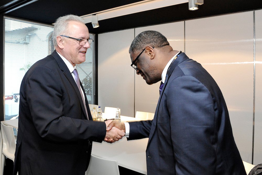 20150604- Brussels - Belgium - 04 June2015 - European Development Days - EDD  - <br /> Neven Mimica Devco and Dr Denis Mukwege<br /> UNIDO © EU/UE