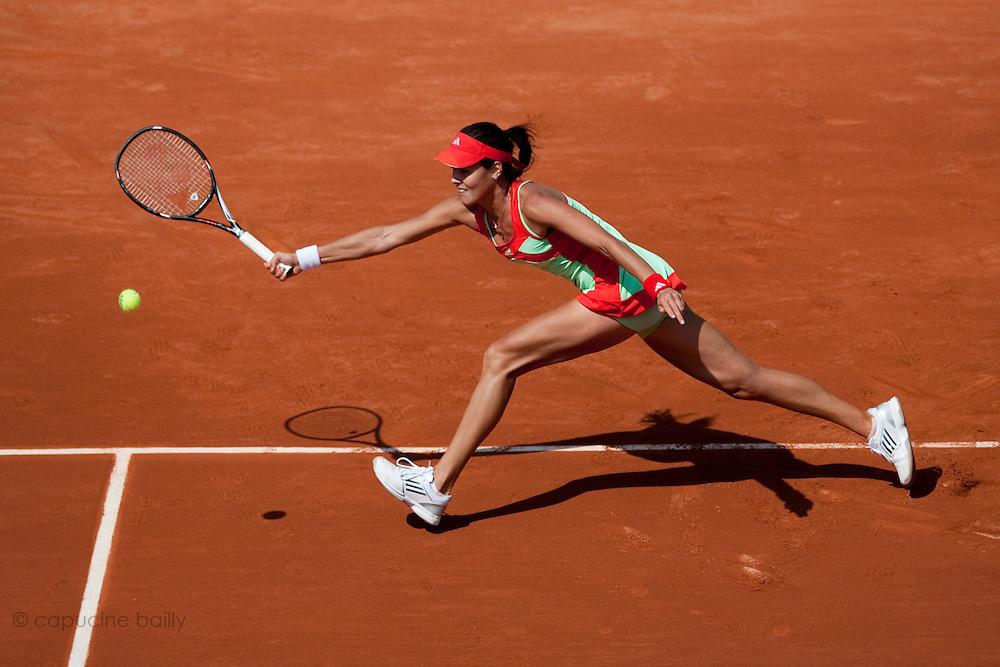 Roland Garros. Paris, France. May 27th 2012.Serbian player Ana IVANOVIC against Lara ARRUABARRENA-VECINO...