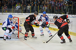 06.01.2015, Arena Nürnberger Versicherung, Nürnberg, GER, DEL, Thomas Sabo Ice Tigers vs Adler Mannheim, 36. Runde, im Bild Corey Locke (Nuernberg Ice Tigers) vor dem Mannheimer Tor. Mit im Bild (v.l.n.r.): Christopher Fischer (Adler Mannheim), Dennis Endrag (Adler Mannheim), Marc El-Sayed (Nuernberg Ice Tigers), Daniel Richmond (Adler Mannheim) // during Germans DEL Icehockey League 36th round match between Thomas Sabo Ice Tigers and Adler Mannheim at the Arena Nürnberger Versicherung in Nürnberg, Germany on 2015/01/06. EXPA Pictures © 2015, PhotoCredit: EXPA/ Eibner-Pressefoto/ Merz<br /> <br /> *****ATTENTION - OUT of GER*****
