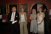 DONALD SINDEN, VANESSA REDGRAVE, CLAIRE VAN KAMPEN AND JULIET RYLAND. Vanessa Redgrave and Thelma Holt host a reception at the<br />