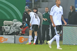 15.11.2011, Imtech Arena, Hamburg, GER, FSP, Deutschland (GER) vs Holland (NED), im Bild Thomas Mueller (Müller GER #13) schiesst das 1-0 fuer Deutschland vorbei an Torhueter Maarten Stekelenburg (NED #01) und unterhaelt sich mit Trainer Joachim Loew (GER) // during the Match Gemany (GER) vs Netherland (NED) on 2011/11/15,  Imtech Arena, Hamburg, Germany. EXPA Pictures © 2011, PhotoCredit: EXPA/ nph/ Kokenge..***** ATTENTION - OUT OF GER, CRO *****