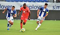 Fotball , 02. juli 2020 , Eliteserien  ,  Sarpsborg - Brann<br /> Gilbert Koomson , Brann <br /> Joachim Thomassen , S08<br /> Mohamed Ofkir , Sarpsborg