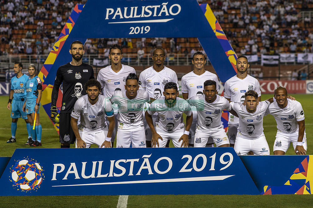 March 16, 2019 - SãO Paulo, Brazil - SÃO PAULO, SP - 16.03.2019: SANTOS X NOVORIZONTINO - Santos team before the match between Santos and Novorizontino held at the Paulo Machado de Carvalho Stadium, Pacaembu in São Paulo. The match is valid for the 11th round of the 2019 Paulista Championship. (Credit Image: © Richard Callis/Fotoarena via ZUMA Press)