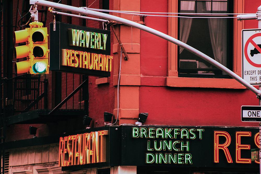 Waverly restaurant at Waverly & 6th Av. NYC 2010