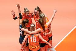 29-05-2019 NED: Volleyball Nations League Netherlands - Bulgaria, Apeldoorn<br /> Laura Dijkema #14 of Netherlands, Nicole Oude Luttikhuis #17 of Netherlands, Myrthe Schoot #9 of Netherlands