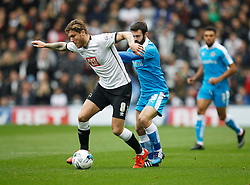 Jeff Hendrick of Derby County (L) and Jack Price of Wolverhampton Wanderers in action - Mandatory byline: Jack Phillips / JMP - 07966386802 - 18/10/2015 - FOOTBALL - The iPro Stadium - Derby, Derbyshire - Derby County v Wolverhampton Wanderers - Sky Bet Championship