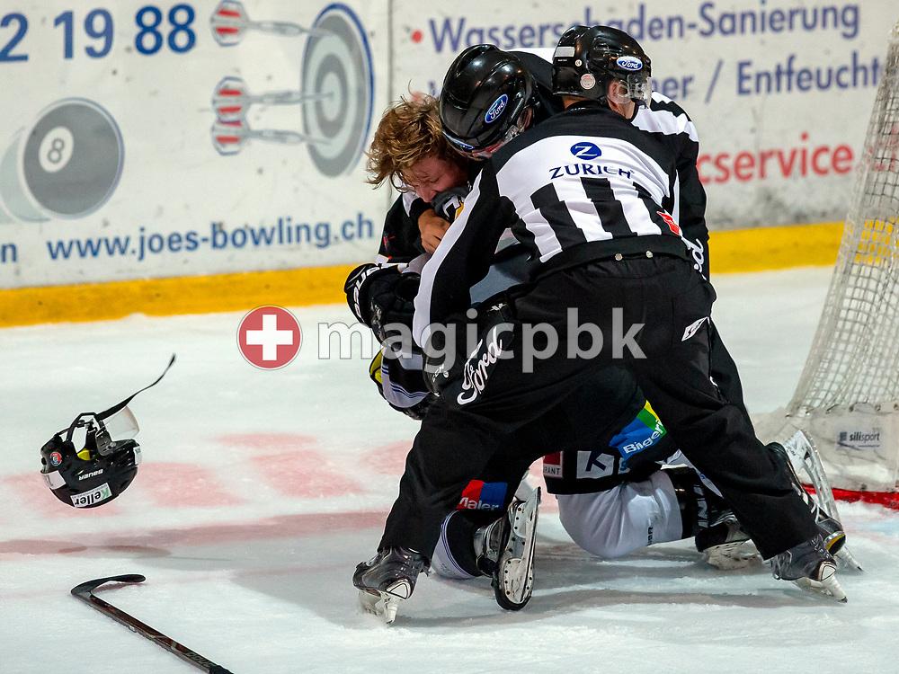 EHC Wetzikon forward Adrian Rykart (top) is fighting with PIKES EHC Oberthurgau forward Nils Seiler during a Swiss 1st League ice hockey game (Season 2018/2019) between EHC Wetzikon and PIKES EHC Oberthurgau in Wetzikon, Switzerland, Saturday, Oct. 6, 2018. (Photo by Patrick B. Kraemer / MAGICPBK)