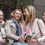 NLD/Utrecht/20150306 - Koningin Maxima bezoekt bijeenkomst  Women Inc.,Maxima met fans