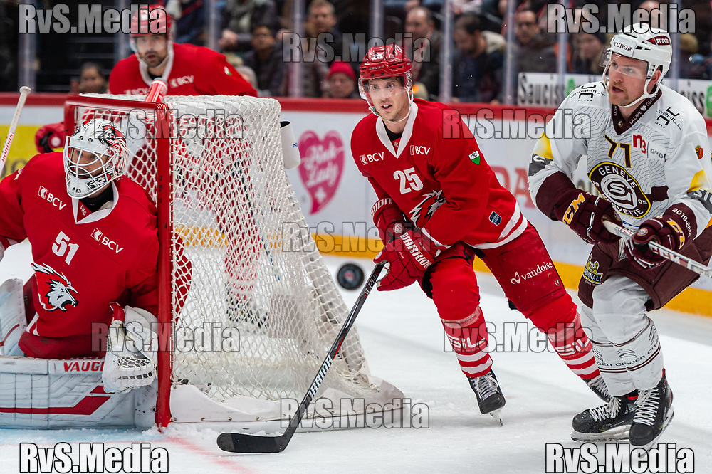 LAUSANNE, SWITZERLAND - NOVEMBER 23: #25 Cory Emmerton of Lausanne HC in action during the Swiss National League game between Lausanne HC and Geneve-Servette HC at Vaudoise Arena on November 23, 2019 in Lausanne, Switzerland. (Photo by Monika Majer/RvS.Media)