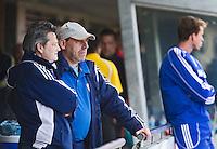 MELBOURNE -  Bondscoach Paul van Ass (l) met assistent Gerald Hoeben voor de hockeywedstrijd tussen de mannen van Nederland en Belgie (5-4) bij de Champions Trophy hockey in Melbourne. ANP KOEN SUYK