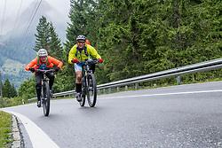 13-09-2017 FRA: BvdGF Tour du Mont Blanc day 4, Trient<br /> Van Chamonix naar Trient. <br /> Marion en Eelco