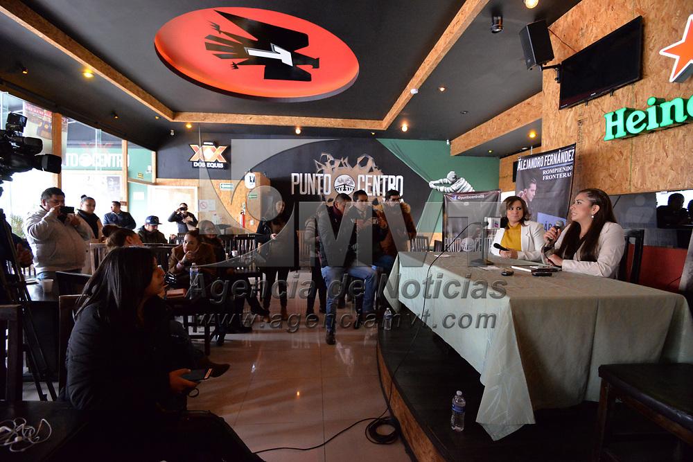 TOLUCA, México.- (Enero 31, 2018).- En conferencia de prensa fue anunciado el concierto de Alejandro Fernández el próximo 24 de marzo en el ex Reciento Ferial de Metepec, en donde esperan la afluencia de más de 10 mil personas. Agencia MVT / Crisanta Espinosa.