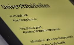 24-Jährigen befinden sich vorerst in der Innsbrucker Klinik in Isolation. Hier im Bild: Türschilder der Infektiologie der Universitätsklinik Innsbruck aufgenommen am Mittwoch, 26. Februar 2020 // There are two confirmed coronavirus cases in Austria for the first time. The two 24-year-olds are initially in isolation in the Innsbruck clinic. Here in the picture: Door signs of the infectious diseases of the University Clinic Innsbruck. Wednesday, February 26, 2020. EXPA Pictures © 2020, PhotoCredit: EXPA/ Johann Groder