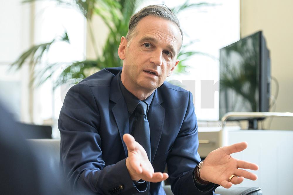 24 JUL 2020, BERLIN/GERMANY:<br /> Heiko Maas, SPD, Bundesaussenminister, waehrend einem Interview, in seinem Buero, Auswaertiges Amt<br /> IMAGE: 20200724-01-028<br /> KEYWORDS: Buero