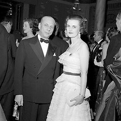 June 1957 - The Duchess of Argyll and Count Zoppi at a ball in London.<br /> <br /> Photo by Desmond O'Neill Features Ltd.  +44(0)1306 731608  www.donfeatures.com