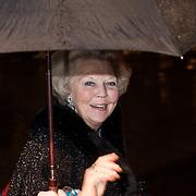 NLD/Scheveningen/20131130 - Inloop concert 200 Jaar Koningrijk der Nederlanden, Beatrix