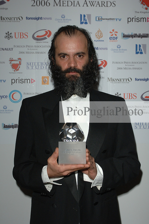 Winner of Dialogue of Cultures Award?Gabriele Torsello (Kash), Winner of Dialogue of Cultures Award. ?Annalisa Piras, FPA President. ?Nick Mason, Pink Floyd. ??THE FOREIGN PRESS ASSOCIATION IN LONDON 11 CARLTON HOUSE TERRACE LONDON SW1Y 5AJ TELEPHONE + 44 (0) 20 7930 0445 Press Release 28 November 2006 The Foreign Press Association (FPA) 2006 Media Awards Winners. ???Murdered Russian journalist, Anna Politskovskya, and Italian-born/British-resident photojournalist, Gabriele ?Kash? Torsello, recently kidnapped by the Taleban in Afghanistan, were among the award-winners at tonight?s Foreign Press Association 2006 Media Awards. ???Journalist of the Year? was Dominic Waghorn of Sky News, for his report ?China: Human Rights?, in which interviewees risked their lives and Waghorn was physically assaulted three times to get his extraordinary report. ??The FPA is the world?s oldest foreign correspondents? club, and the Association?s Media Awards are the only opportunity for the British media to be judged and rewarded by their international counterparts based in London. ??The record number of entries to this year?s competition, confirm the rising status and importance of the FPA Media Awards to the British media. The almost 200 entries were judged by a panel of senior foreign correspondents, and three external judges: Kate Adie, Trevor Kavanagh and Peter Preston. ??The 2006 FPA Media Awards ceremony took place at the Sheraton Park Lane Hotel, in the presence of HRH The Duke of Gloucester, and hosted by Annalisa Piras, President, Foreign Press Association, who welcomed the keynote speaker, the Rt Hon Margaret Beckett MP, Secretary of State for Foreign and Commonwealth Affairs. ??The FPA?s Premier Award, the ?Dialogue of Cultures? Award, for organisations or individuals who make an exceptional contribution to enhancing understanding between peoples, was won by Gabriele Torsello, known as ?Kash?. Making his first public appearance since being released by the Taleban earlier this