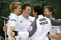 Markus Hoiberg, Torger Nergard, Thomas Ulsrud und Christoffer Svae (NOR) jubeln nach dem Sieg im Final (Pascal Muller/EQ Images)