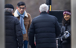 © Licensed to London News Pictures. 31/01/2021. London, UK. Chancellor Rishi Sunak and his wife Akshata Murthy talk to members of the public as they take a stroll in central London. Photo credit: Peter Macdiarmid/LNP