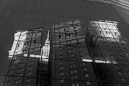 New York. mirror games on a building in Herald square and Broadway.  New York - United states  Manhattan  / reflet sur un immeuble de Broadway a  Herald square , New York - Etats-unis