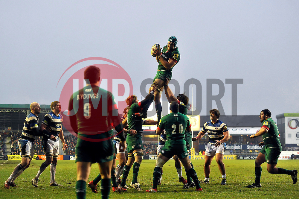 Graham Kitchener of Leicester Tigers wins the ball at a lineout - Photo mandatory by-line: Patrick Khachfe/JMP - Mobile: 07966 386802 04/01/2015 - SPORT - RUGBY UNION - Leicester - Welford Road - Leicester Tigers v Bath Rugby - Aviva Premiership