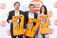 032720 Penelope Cruz and Javier Bardem donate aid
