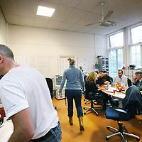 Nederland, Amsterdam , 28 september 2010..Een kijkje op de afdeling acute psychiatrie, crisishulpverlening van de Valeriuskliniek..Verpleegposten gesloten afdeling VAL 9..Nursing station of a closed section of the psychiatric hospital Valeriuskliniek in Amsterdam.