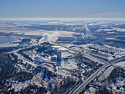 Nederland, Noord-Holland, Diemen, 13-02-2021; winterlandschap PEN-eiland (Diemer Vijfhoek) met Centrale Diemen, STEG-warmtekrachtcentrale, electriciteitscentrale van Vattenfall (voorheen Nuon). Naast de centrale de warmtebuffer voor opslag van stadswarmte. <br /> Winter landscape Vattenfall power plant near Amsterdam.luchtfoto<br /> luchtfoto (toeslag op standaard tarieven);<br /> aerial photo (additional fee required)<br /> copyright © 2021 foto/photo Siebe Swart