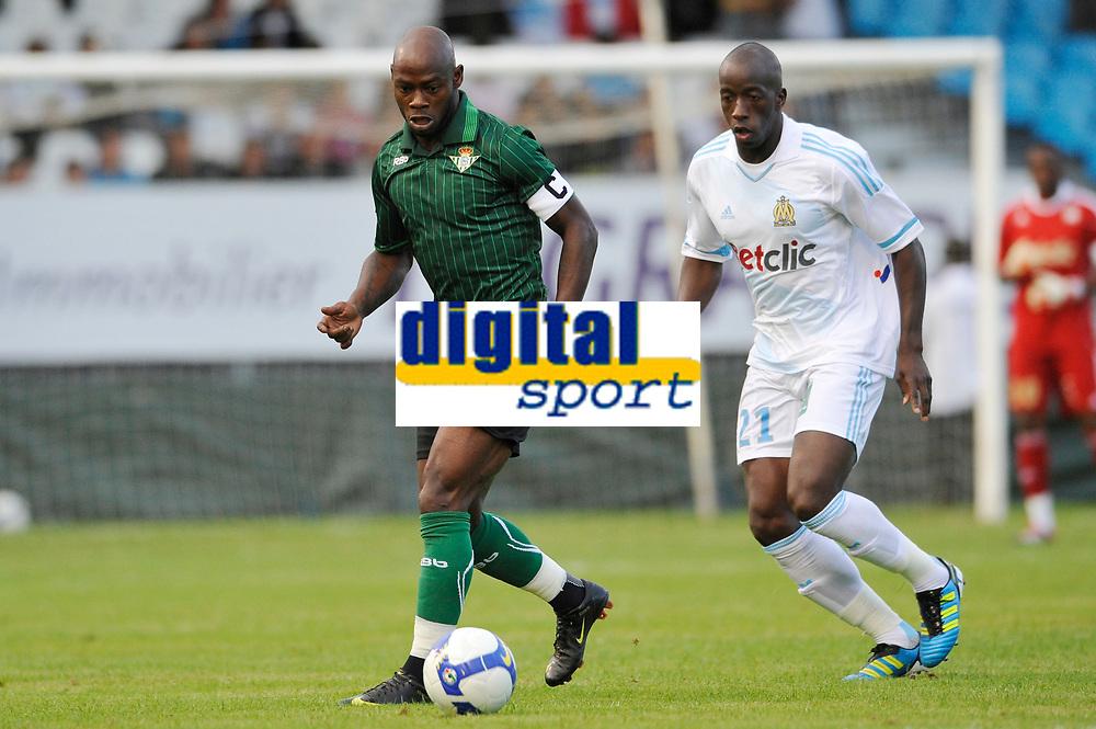 FOOTBALL - FRIENDLY GAMES 2011/2012 - OM v REAL BETIS SEVILLA - 20/07/2011 - PHOTO GUY JEFFROY / DPPI - ACHILLE EMANA (BET) / SOULEYMANE DIAWARA (OM)