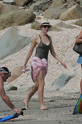 Naomi Watts and Liev Schreiber on shell beach in Saint-Barthelemy, French West Indies on December 31, 2012. Photo by ABACAPRESS.COM  | 347010_029 Saint-Barthelemy France
