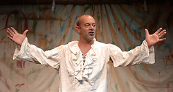 FLANDERS MARE<br /> a new play by Zoe Lewis<br /> at the Sound Theatre, London, Great Britain<br /> press photocall<br /> October 14, 2005<br /> <br /> KEITH ALLEN as Henry VIII