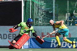 (L-R) goalkeeper Tyler Lovell of Australia, Matthew Swann of Australia during the Champions Trophy finale between the Australia and India on the fields of BH&BC Breda on Juli 1, 2018 in Breda, the Netherlands.