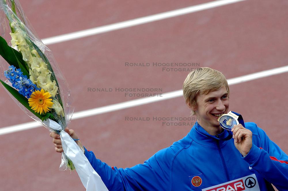 10-08-2006 ATLETIEK: EUROPEES KAMPIOENSSCHAP: GOTHENBORG <br /> Silnov, Andrey (RUS) werd 1ste bij het hoogspringen met een sprong van 2.36 <br /> ©2006-WWW.FOTOHOOGENDOORN.NL