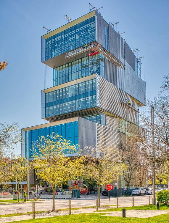 David Rubenstein Forum, University of Chicago campus.  May 2020.  Architects Diller Scofidio + Renfro.   Digital photography.
