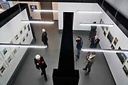 Nederland, Berg en Dal, 29-4-2018De expositie, reizende foto-expositie, van de biennale van Bamako In Mali in het Afrikamuseum.Deze geeft een mooie indruk van de eigen benadering van onderwerpen door Afrikaanse fotografen uit verschillende delen van het continent . Foto: Flip Franssen