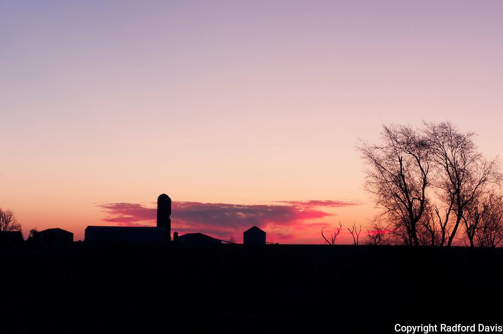 Iowa farm before sunrise near lake Red Rock, near Pella