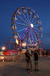 07 August 2015:   McLean County Fair - Sizzler & Ferris Wheel