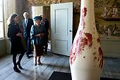 Prinses Beatrix opent Museum Oud Amelisweerd