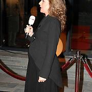 NLD/Hilversum/20061201 - Opening Nederlands Instituut voor Beeld en Geluid, zwangere Brecht van Hulten