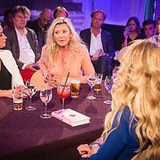 NLD/Amsterdam/20160705 - Boekpresentatie Huidpijn van Sakia Noort, rondetafelgesprek, Eva Jinek, Saskia