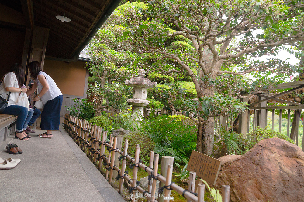 A tea house and garden in the tourist town near to the Ise Shrine.