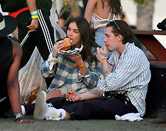 Brooklyn Beckham and his girlfriend Hana Cross chow down on some food - 13 April 2019