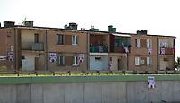 07.06.2012 wies Zoltki przy trasie S8 woj podlaskie N/z polskie flagi na budynku fot Michal Kosc / AGENCJA WSCHOD