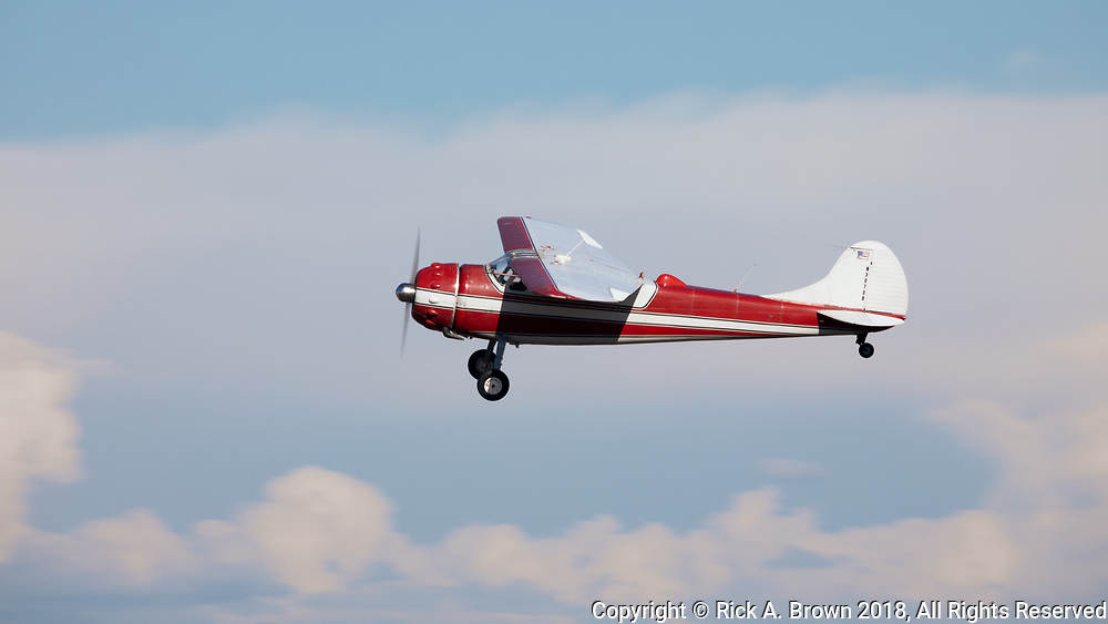 Cessna 195 departing Warbirds Over the West.