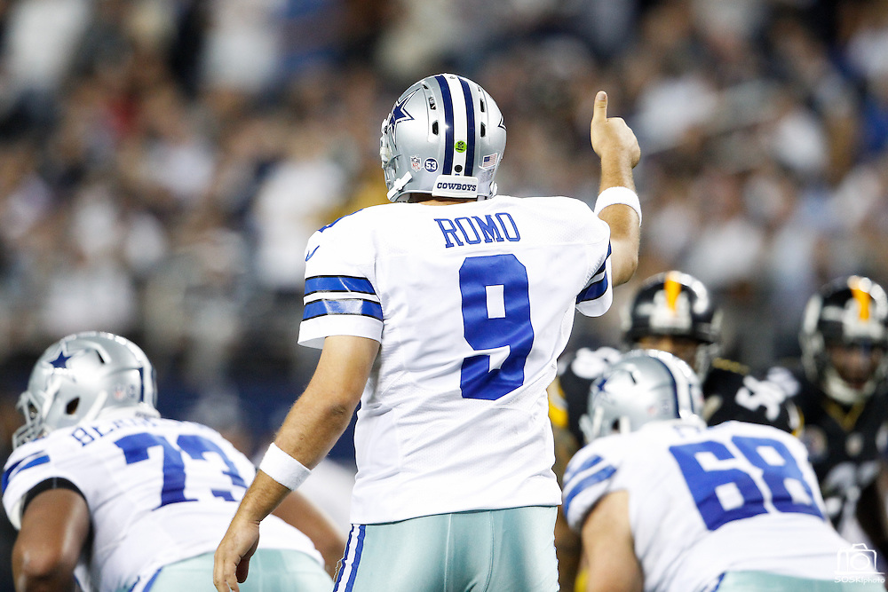 Dallas Cowboys quarterback Tony Romo (9) directs traffic at the line of scrimmage against the Pittsburgh Steelers at Cowboys Stadium in Arlington, Texas, on December 16, 2012.  (Stan Olszewski/The Dallas Morning News)