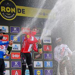 04-04-2021: Wielrennen: Ronde van Vlaanderen (Mannen): Oudenaarde<br />Podium mannen van der Poel, Asgreen, van Avermaat