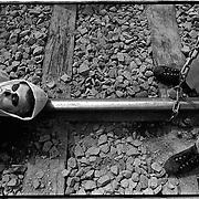 Nederland-Delfzijl (GR)-24-05-1993.<br /> Greenpeace aktie tegen chloortrein bij Akzo.<br /> Zilveren Camera nominatie categorie B dagelijks nieuws.<br /> Foto: Sake Elzinga