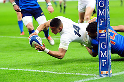 Anthony Watson of England scores his team's third try in the second half - Mandatory byline: Patrick Khachfe/JMP - 07966 386802 - 19/03/2016 - RUGBY UNION - Stade de France - Paris, France - France v England - RBS Six Nations.
