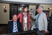 PETER DUCHIN; IVANA LOWELL; NICKY HASLAM. An exhibition of watercolours by William Rayner at Mallet's, New Bond St. Party afterwards at Bellami's, bruton Place. London. 16 June 2010. .-DO NOT ARCHIVE-© Copyright Photograph by Dafydd Jones. 248 Clapham Rd. London SW9 0PZ. Tel 0207 820 0771. www.dafjones.com.